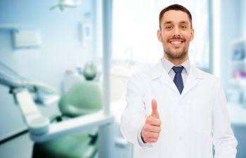 Dentist in Office Jefferson, GA